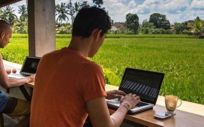 Хто такі Digital Nomad'и і як почати заробляти подорожуючи